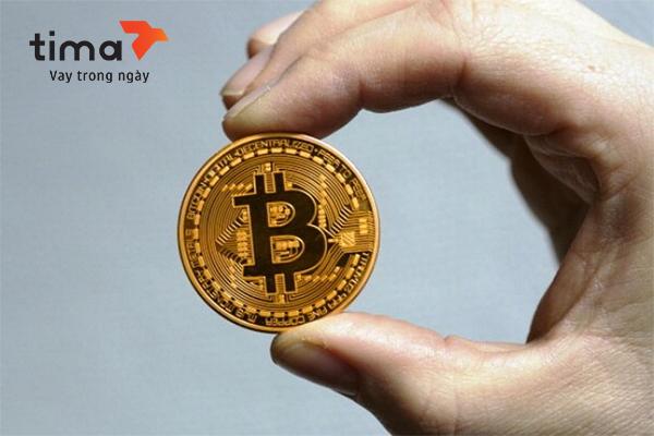 tiền bitcoin tặng tết