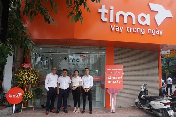 Tưng bừng khai trương PGD tài chính Tima 958 Trương Định